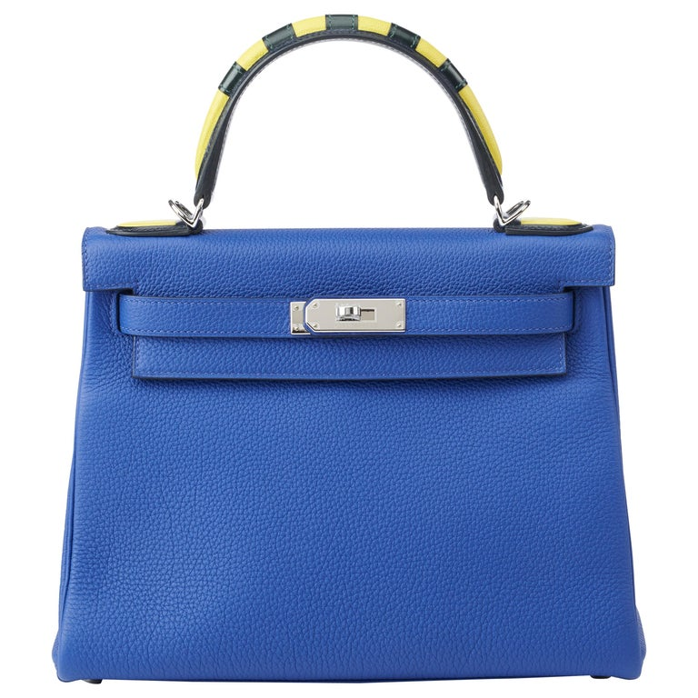 """Hermes Kelly 28cm """"Au Trot"""" Blue Electric with Gold For Sale"""