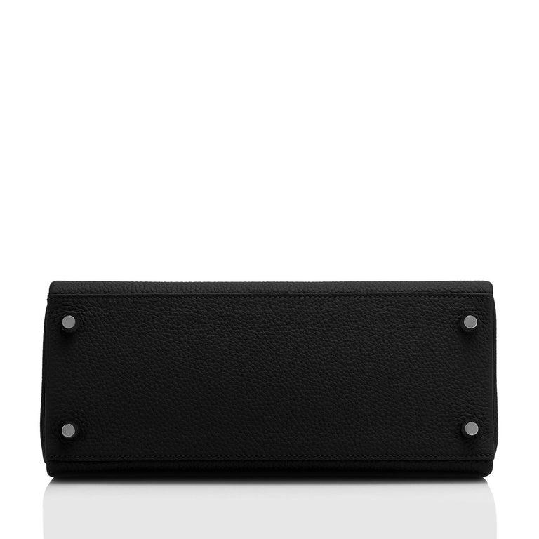 Hermes Kelly 28cm Black Togo Palladium Shoulder Bag Y Stamp, 2020 For Sale 2