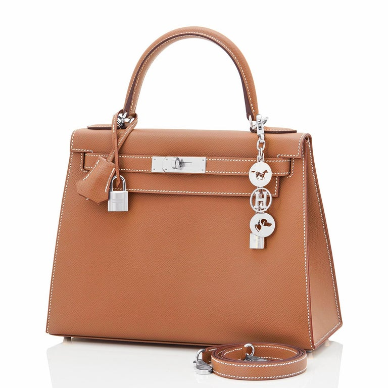 Hermes Kelly 28cm Gold Camel Tan Epsom Sellier Shoulder Bag NEW In New Condition For Sale In New York, NY