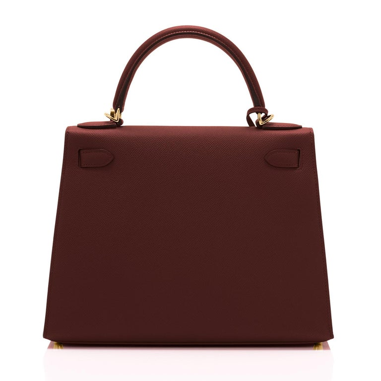 Hermes Kelly 28cm Rouge H Hermes Epsom Sellier Gold Hardware Y Stamp, 2020 In New Condition For Sale In New York, NY