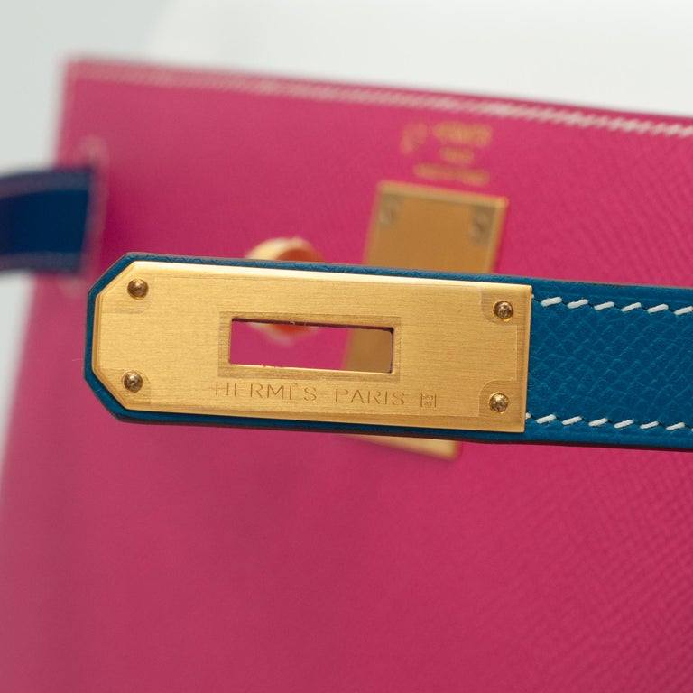 Hermès Kelly 28cm Tri-Color Special Order Epsom Leather Brushed Gold Hardware In New Condition For Sale In Sydney, New South Wales