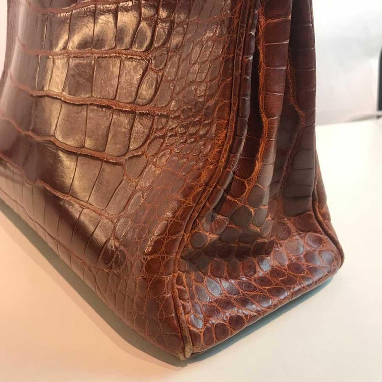 HERMES Kelly 32 Alligator And Golden Jewelry For Sale 6