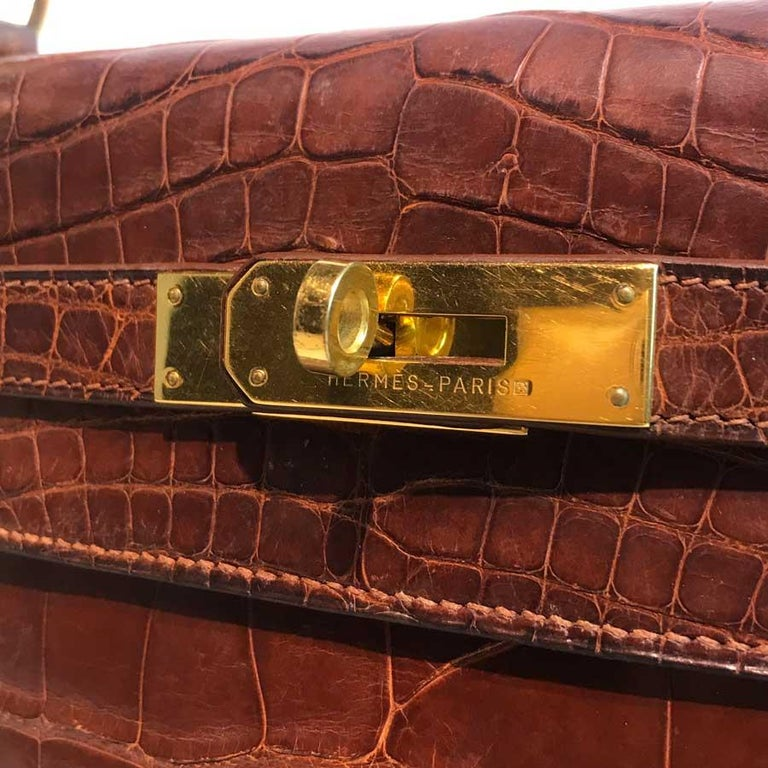 HERMES Kelly 32 Alligator And Golden Jewelry For Sale 12