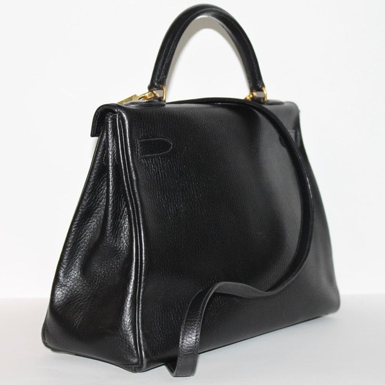 Women's Hermes Kelly 32 Bag black leather with gold Hardware Tote/Crossbody For Sale