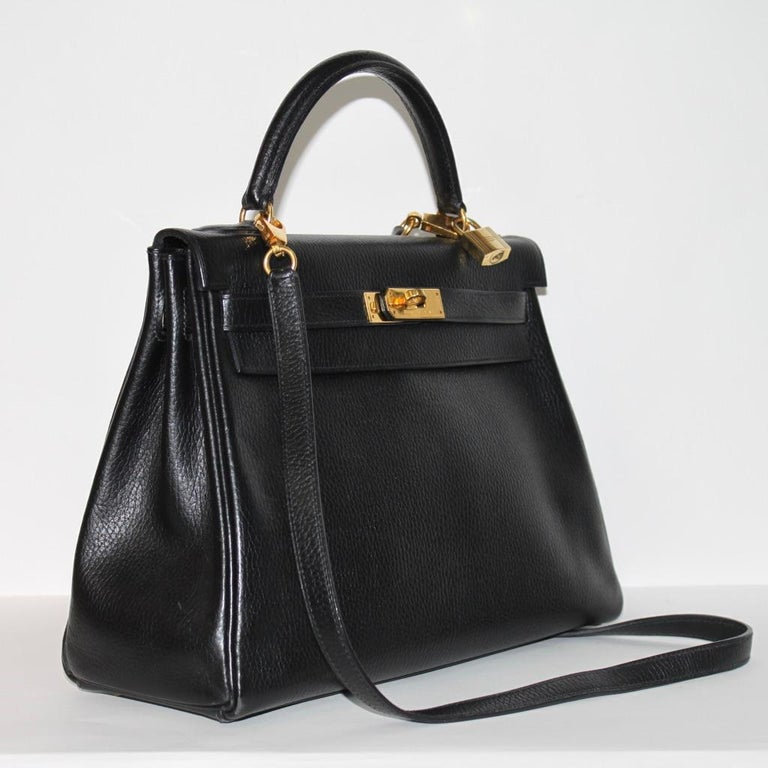 Hermes Kelly 32 Bag black leather with gold Hardware Tote/Crossbody For Sale 3