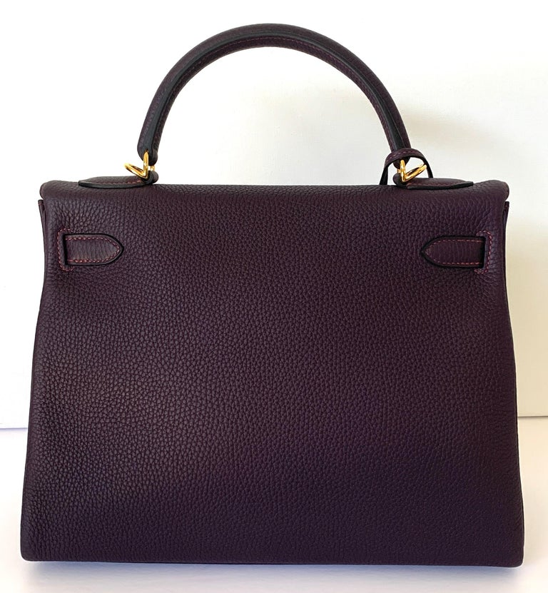 Hermes Kelly 32 Bag HSS Special order Raisin Pink Stitching Gold Hardware In New Condition For Sale In Delray Beach, FL