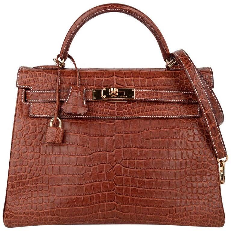 Hermes Kelly 32 Bag Matte Fauve Barenia Porosus Crocodile Gold Hardware  For Sale