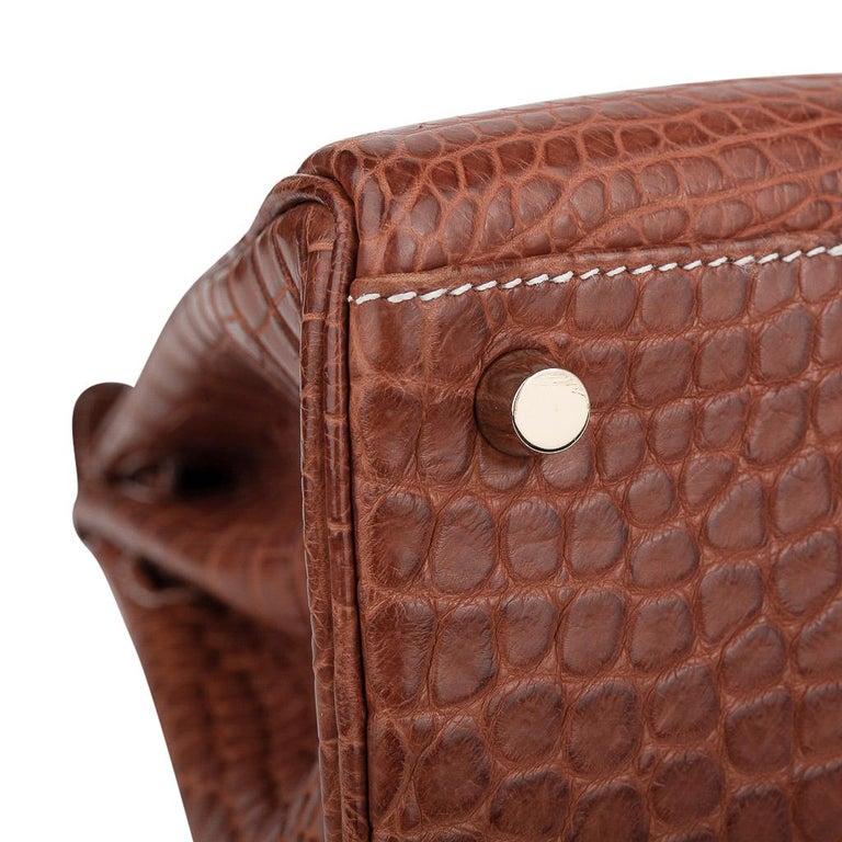 Hermes Kelly 32 Bag Matte Fauve Barenia Porosus Crocodile Gold Hardware  For Sale 9