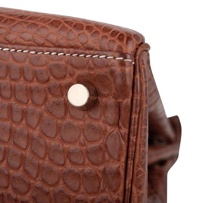 Hermes Kelly 32 Bag Matte Fauve Barenia Porosus Crocodile Gold Hardware  For Sale 10