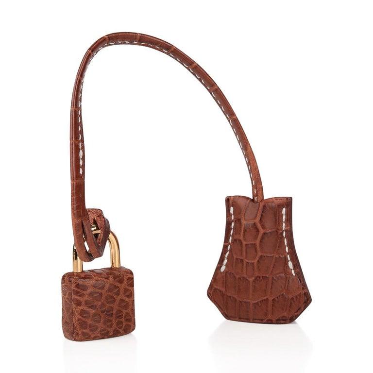 Hermes Kelly 32 Bag Matte Fauve Barenia Porosus Crocodile Gold Hardware  In Excellent Condition For Sale In Miami, FL