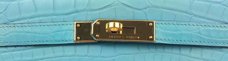 Women's or Men's Hermes Kelly 32 Blue Atoll Matte Alligator Mississippien Croc For Sale
