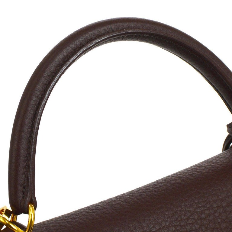 Hermes Kelly 32 Brown Leather Gold Top Handle Satchel Evening Shoulder Bag   Leather Gold tone hardware Leather lining Date code present Made in France Handle drop 3.5