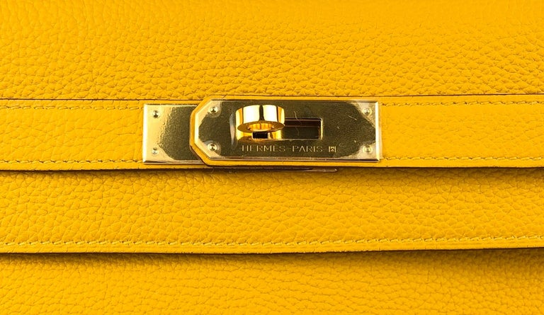Hermes Kelly 32 Jaune Ambre Yellow Togo Gold Hardware 2018 For Sale 2