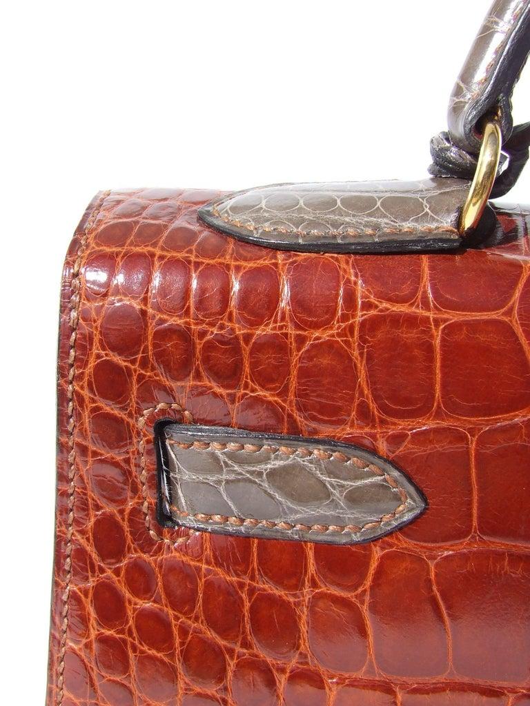 Hermes Kelly 32 Sellier Tricolor Beige Cognac Grey Alligator Crocodile GHW Bag  For Sale 5