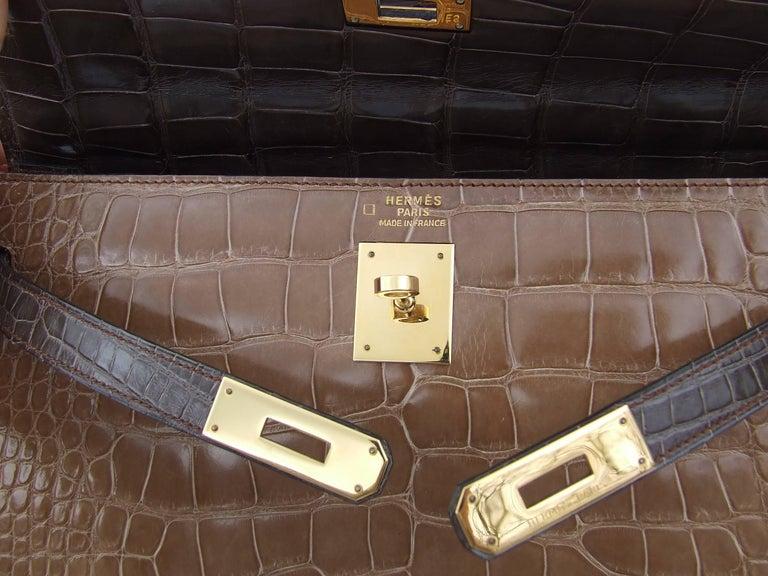 Hermes Kelly 32 Sellier Tricolor Beige Cognac Grey Alligator Crocodile GHW Bag  For Sale 11