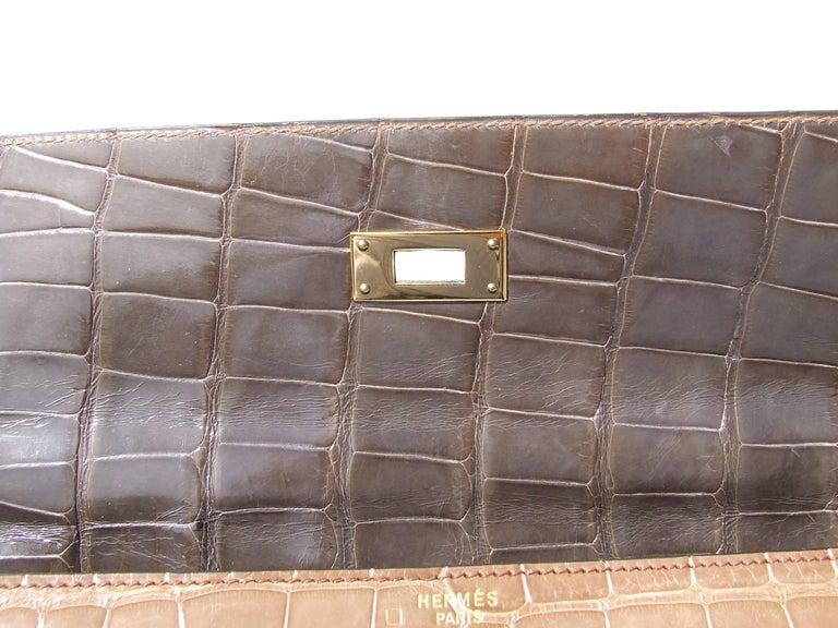 Hermes Kelly 32 Sellier Tricolor Beige Cognac Grey Alligator Crocodile GHW Bag  For Sale 1