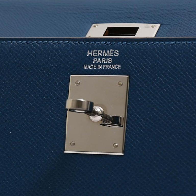 Hermes Kelly 32 Special Edition Blue White Top Handle Satchel Shoulder Tote Bag  For Sale 4