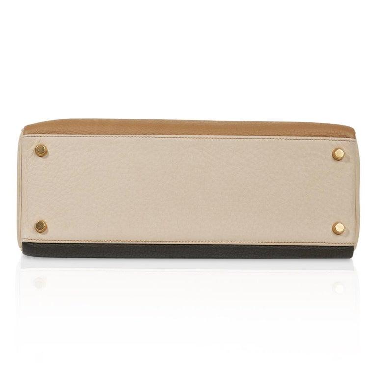 Hermes Kelly 32 Tri-Color Bag Tabac Camel/Ebene/Parchemin Brushed Gold Hardware  For Sale 8