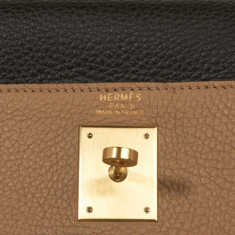 Hermes Kelly 32 Tri-Color Bag Tabac Camel/Ebene/Parchemin Brushed Gold Hardware  In Excellent Condition For Sale In Miami, FL