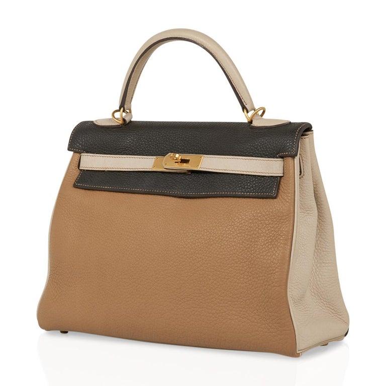 Hermes Kelly 32 Tri-Color Bag Tabac Camel/Ebene/Parchemin Brushed Gold Hardware  For Sale 2