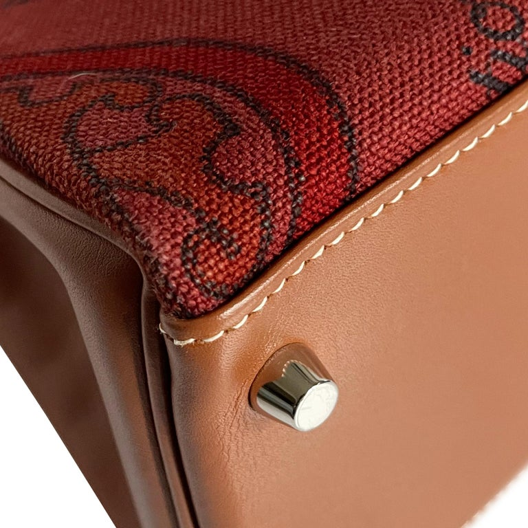 Hermès Kelly 32cm Amazon Fauve Barenia Palladium Horse Motif Hardware For Sale 3