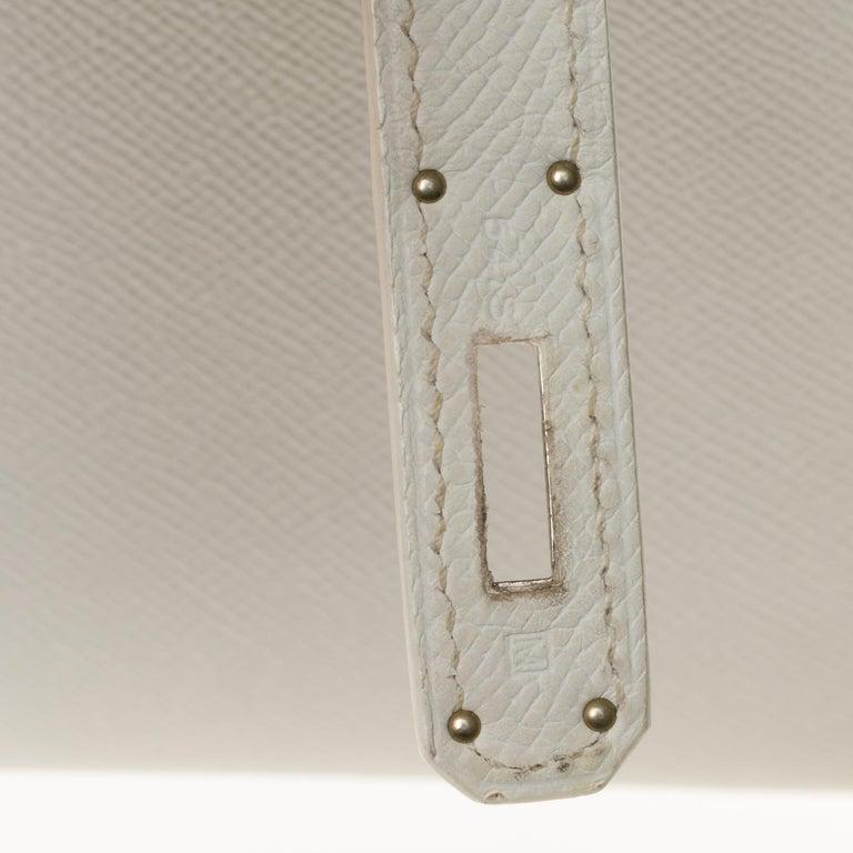 Hermès Kelly 32cm handbag with strap in white epsom leather, Palladium hardware For Sale 1
