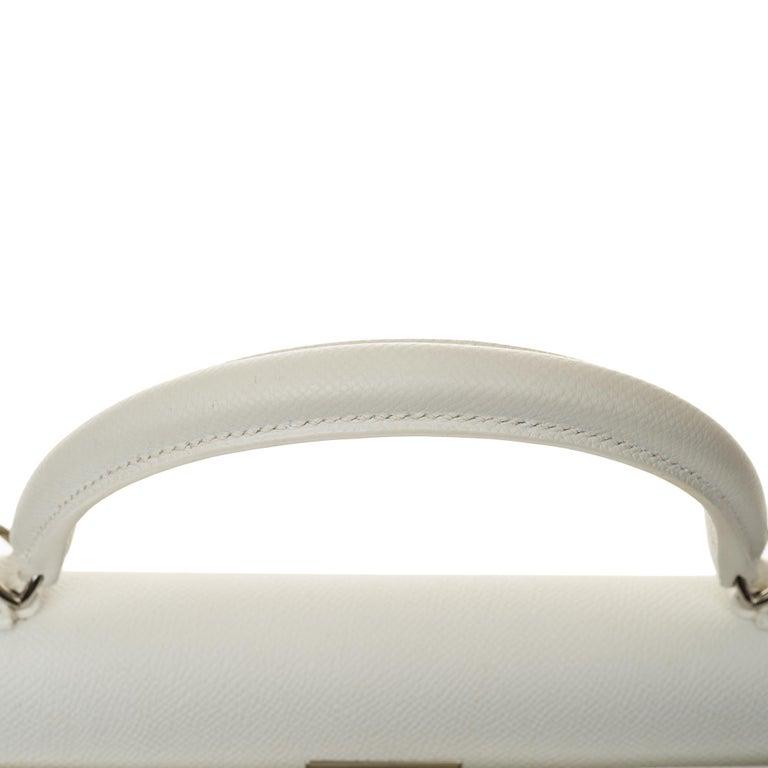 Hermès Kelly 32cm handbag with strap in white epsom leather, Palladium hardware For Sale 4