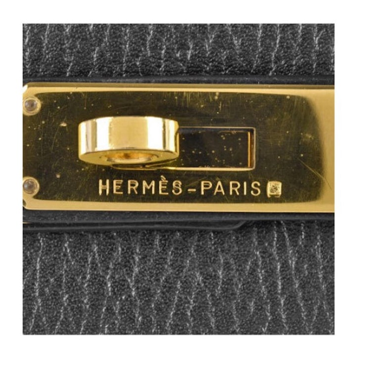 Leather Gold tone hardware Leather lining Turn-lock closure Made in France Date code present Top Handle 4