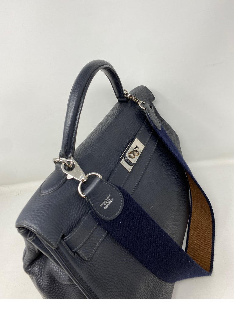 Hermes Kelly 40 Blue Indigo Bag In Good Condition For Sale In Athens, GA