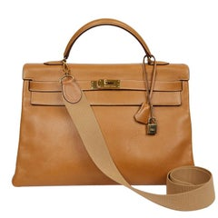 HERMES Kelly 40 Courchevel Gold Leather Bag