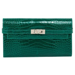 Hermes Kelly Classic Wallet / Clutch Emerald Alligator Lisse New w/Box