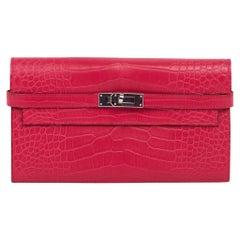 Hermes Kelly Classic Wallet / Clutch Rose Extreme Matte Alligator Lisse