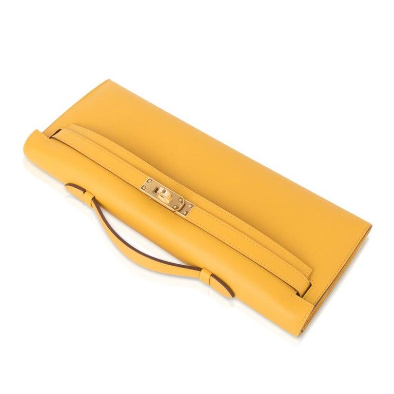 Women's Hermes Kelly Cut Bag Jaune Ambre Clutch Swift Gold Hardware New For Sale
