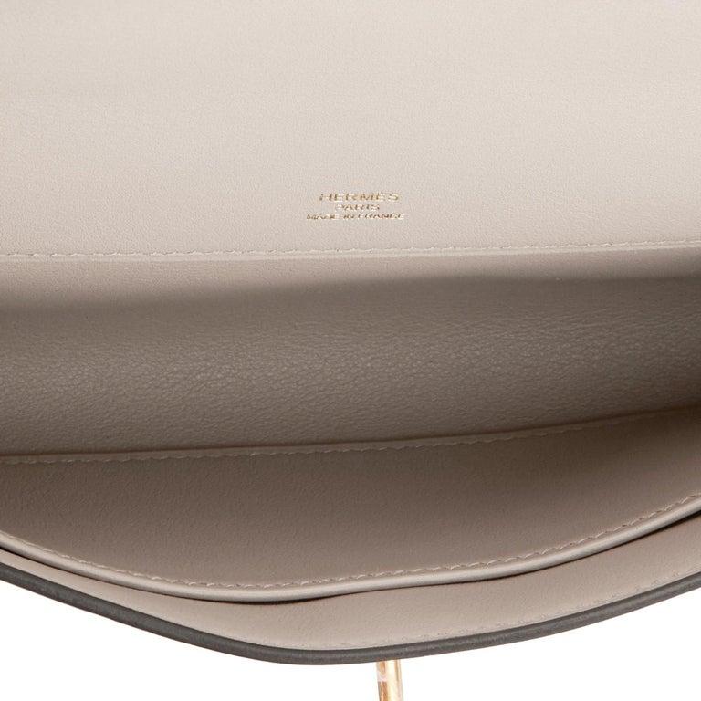 Hermes Kelly Cut Beton Cream Grey Clutch Swift Gold Hardware Y Stamp, 2020 For Sale 2