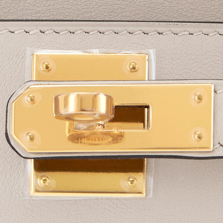 Hermes Kelly Cut Beton Cream Grey Clutch Swift Gold Hardware Y Stamp, 2020 For Sale 4