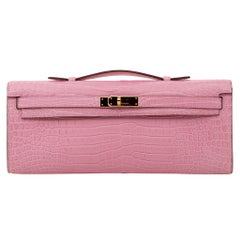 Hermès Kelly Cut Clutch Bubblegum Matte Porosus Crocodile Gold Hardware