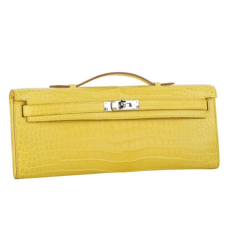 Yellow Hermès Kelly Cut Clutch Mimosa Matte Porosus Crocodile Palladium Hardware For Sale