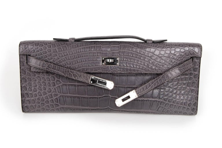 Women's Hermes Kelly Cut Gris Paris Grey Matte Crocodile Palladium Bag  For Sale