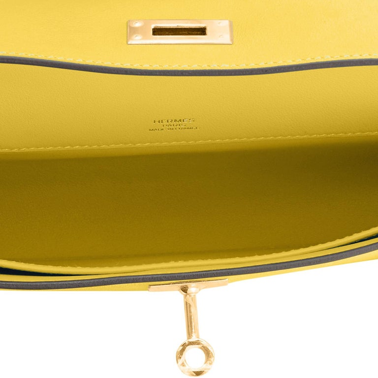 Hermes Kelly Cut Lime Swift Gold Hardware Y Stamp, 2020 For Sale 3