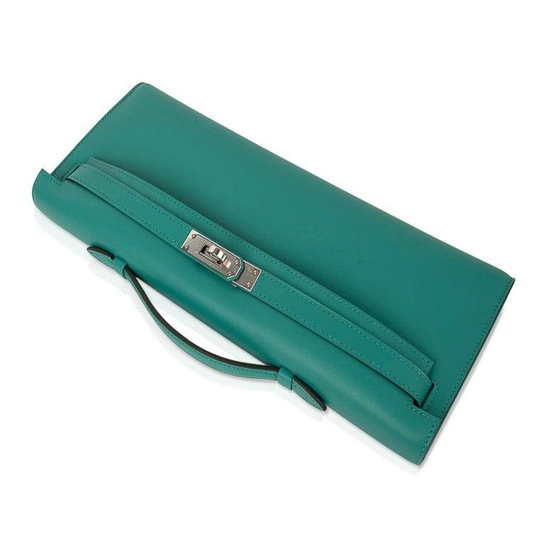 Hermes Kelly Cut Vert Verone Clutch Bag Swift Leather Palladium Hardware In New Condition In Miami, FL