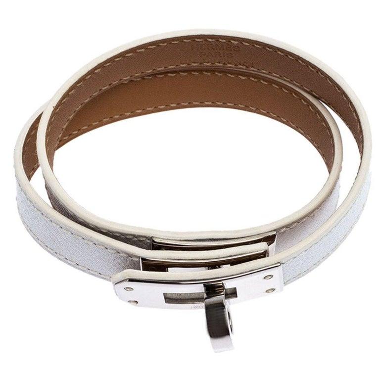 Hermes Kelly Double Tour White Leather Palladium Plated Wrap Bracelet M In Good Condition For Sale In Dubai, Al Qouz 2