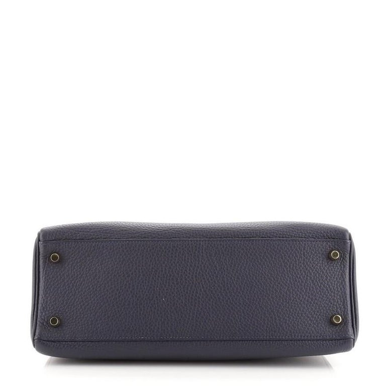 Women's or Men's Hermes Kelly Handbag Bleu Nuit Clemence with Gold Hardware 32 For Sale