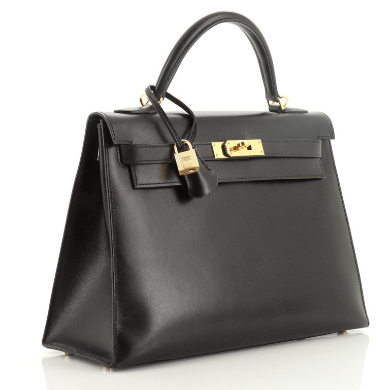 Hermes Kelly Handbag Noir Box Calf with Gold Hardware 32 In Good Condition For Sale In New York, NY