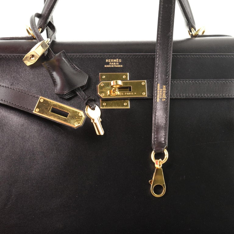 Hermes Kelly Handbag Noir Box Calf with Gold Hardware 32 For Sale 3