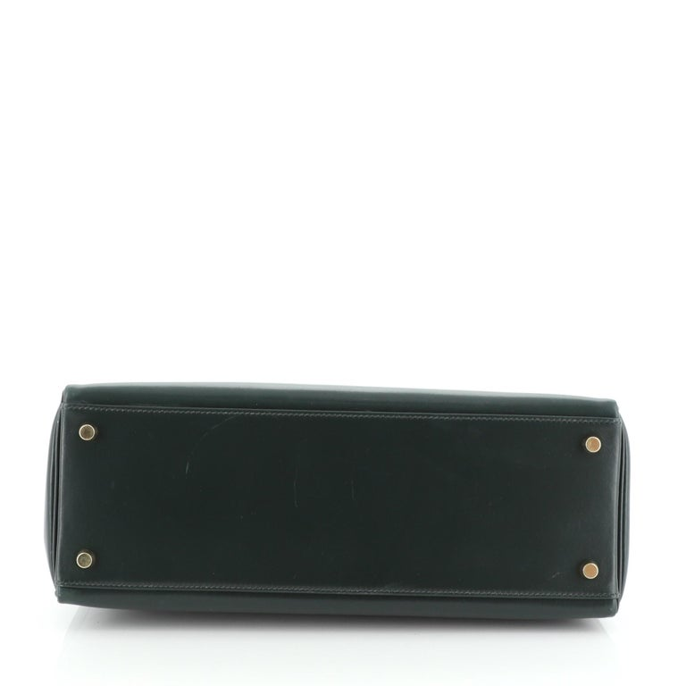 Women's or Men's Hermes Kelly Handbag Vert Anglais Box Calf with Gold Hardware 32 For Sale