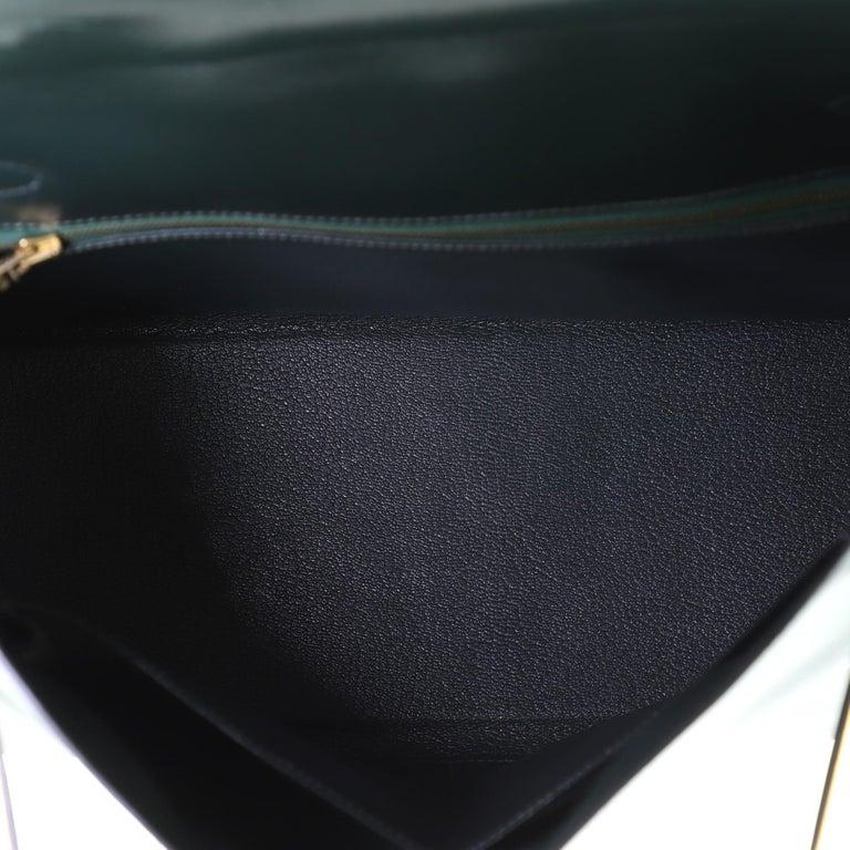 Hermes Kelly Handbag Vert Anglais Box Calf with Gold Hardware 32 For Sale 1