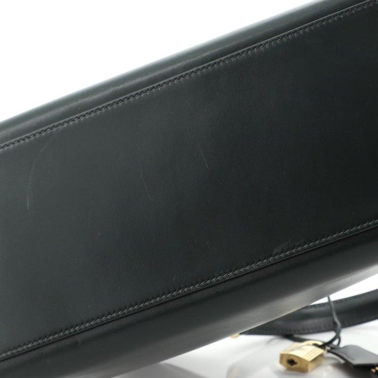 Hermes Kelly Handbag Vert Anglais Box Calf with Gold Hardware 32 For Sale 3