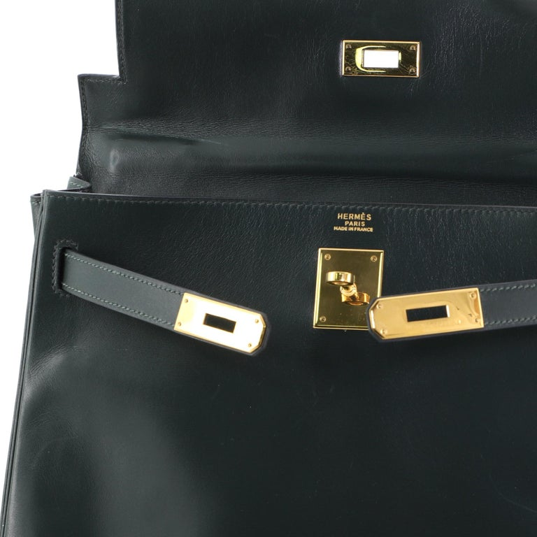 Hermes Kelly Handbag Vert Anglais Box Calf with Gold Hardware 32 For Sale 5