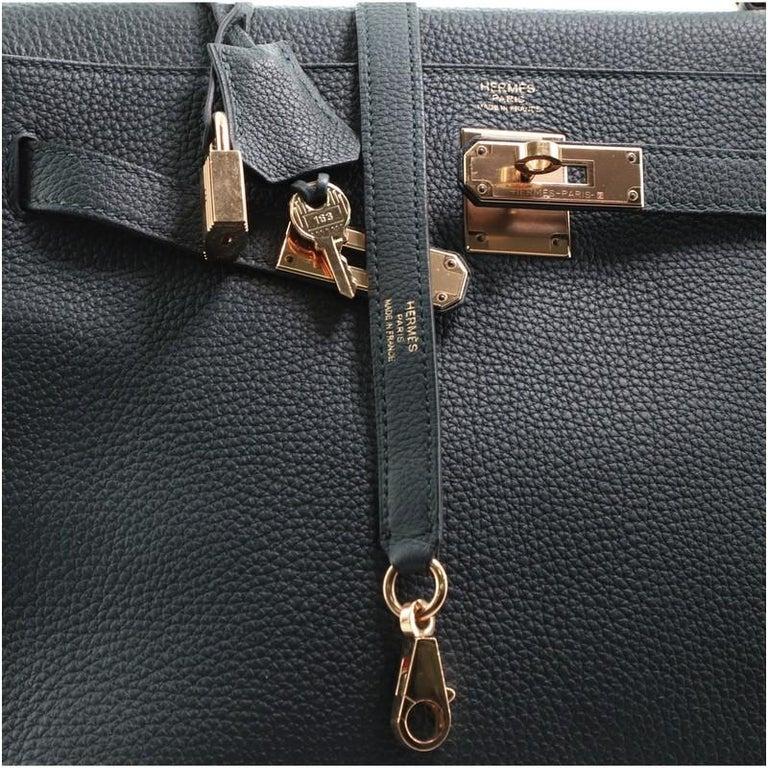 Hermes Kelly Handbag Vert Cypress Togo with Gold Hardware 32 For Sale 3