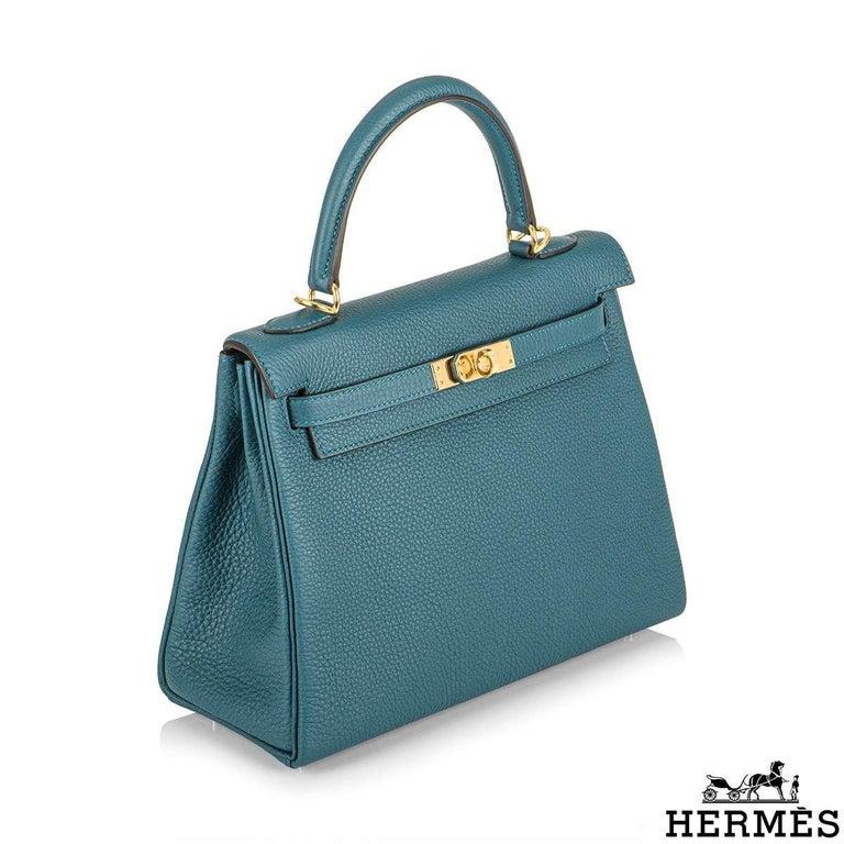 Women's Hermès Kelly II Retourne 25cm Vert Bosphore Togo Handbag For Sale